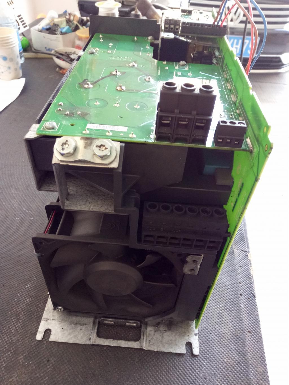 丹佛斯fc051变频器功率输出部分